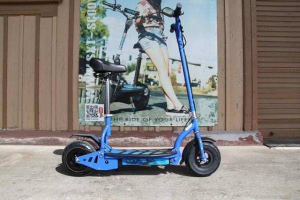 GEBRAUCHT - SXT300 Elektro Scooter - blau